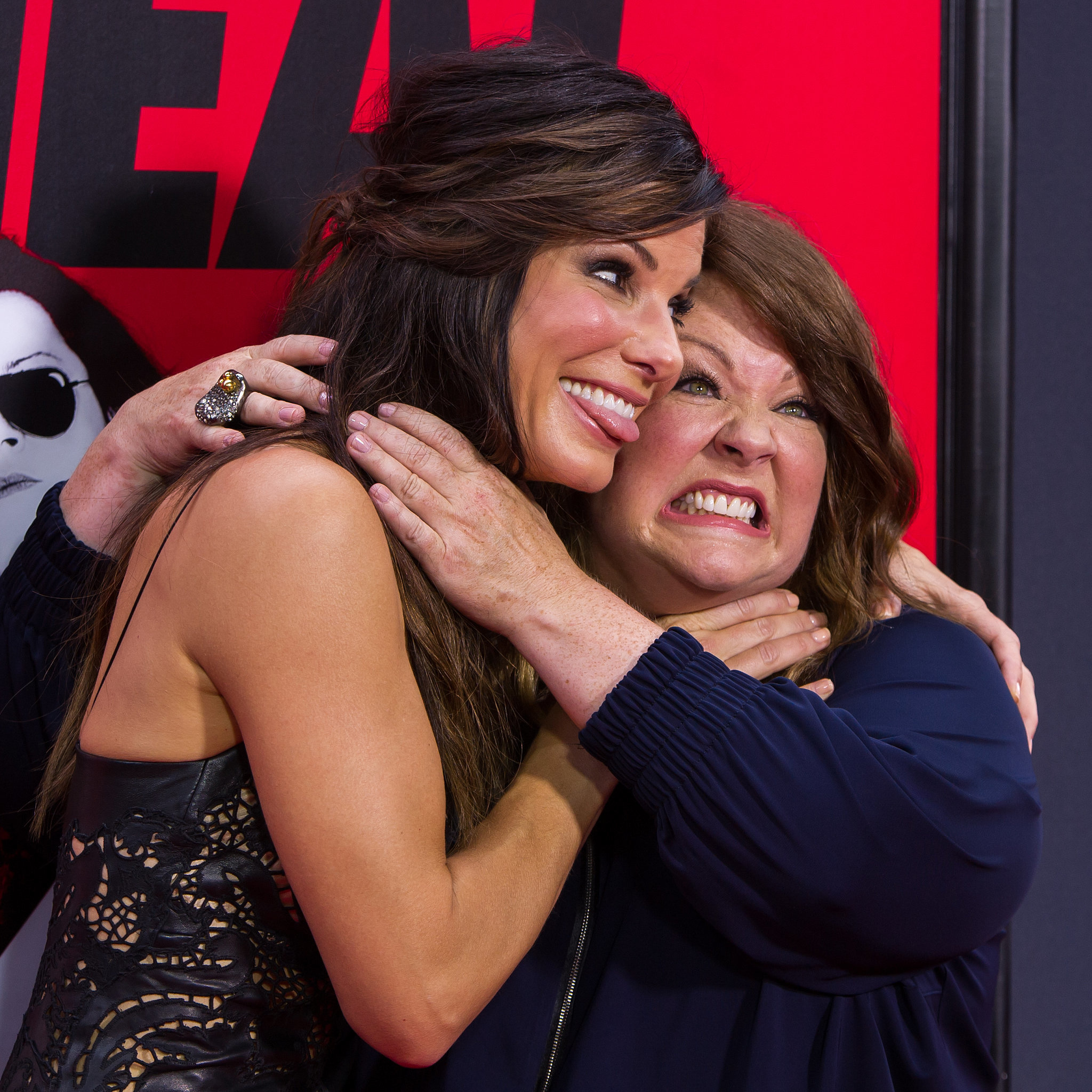 Melissa McCarthy and Sandra Bullock Choking Each Other ...