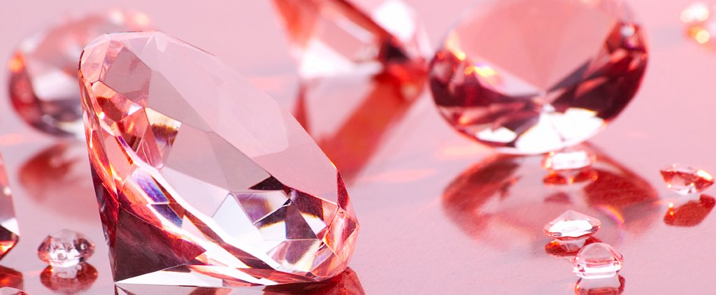 Choosing a Ring: Diamond's Cheaper Identical Twin