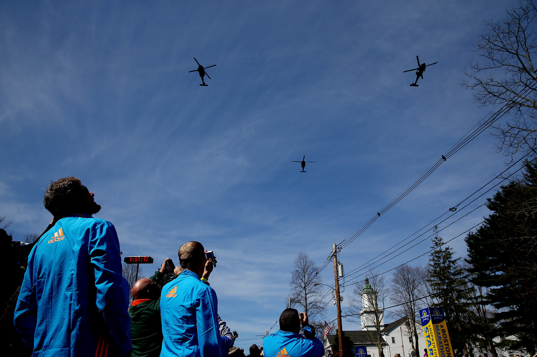 Planes flew overhead to mark the start of the marathon.