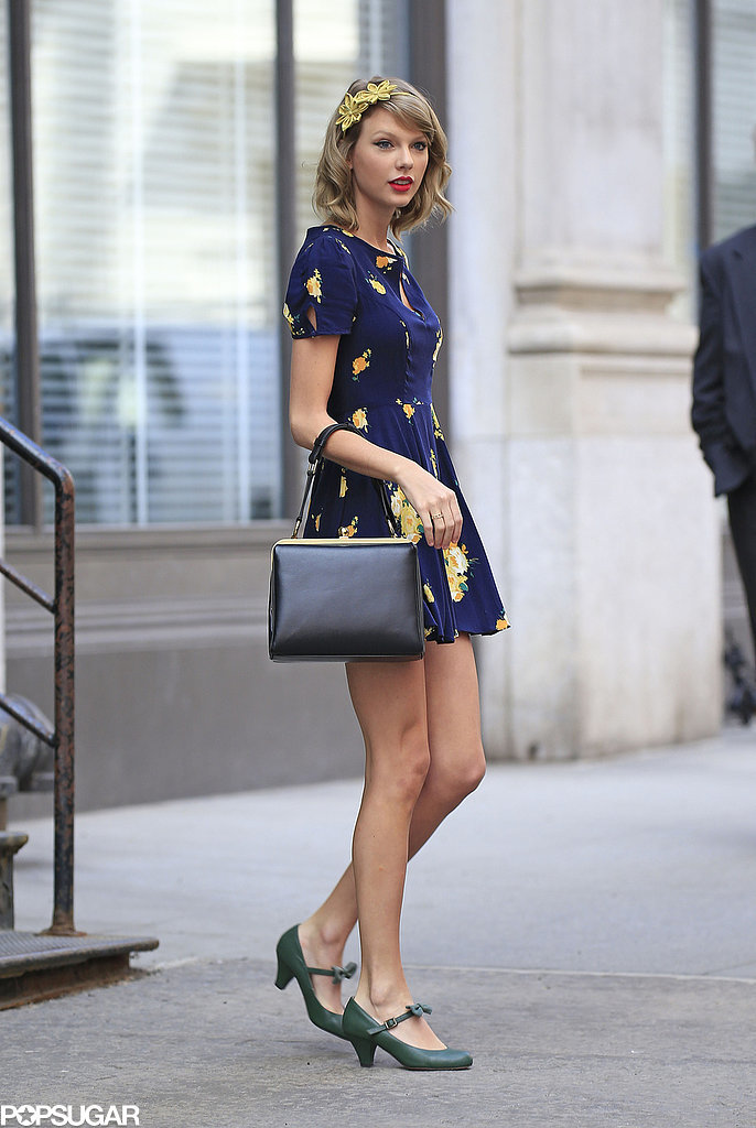 On Tuesday, Taylor Swift got into the Spring mood in NYC.