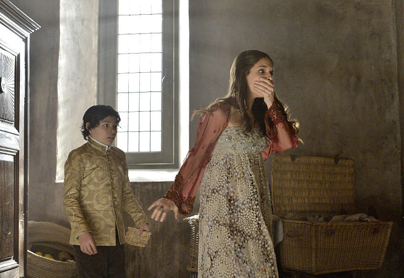 Uh-oh . . . If Kenna (Caitlin Stasey) is having this reaction, what is she seeing?