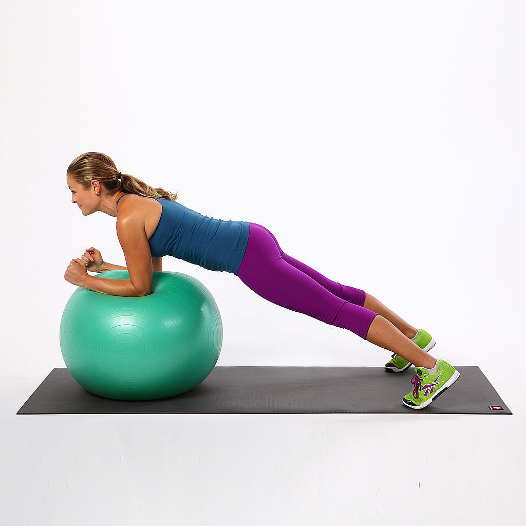 Circling Plank on the Ball