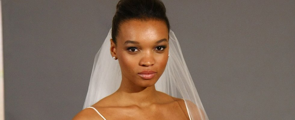 3 Tips For Achieving Timeless Makeup in Your Wedding Photos