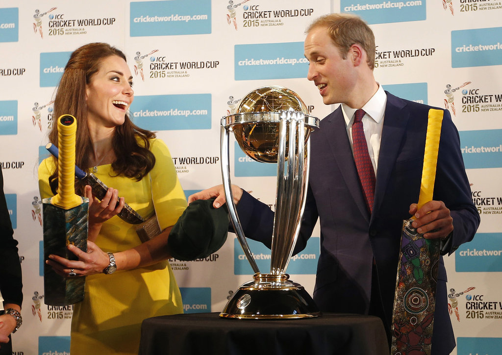 The cute couple joked around with cricket bats in front of the Cricket World Cup during a 2014 reception at the Sydney Opera House.