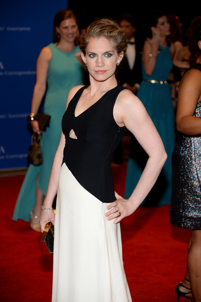 Anna Chlumsky took a break from her Veep wardrobe and opted for a sleek dress.