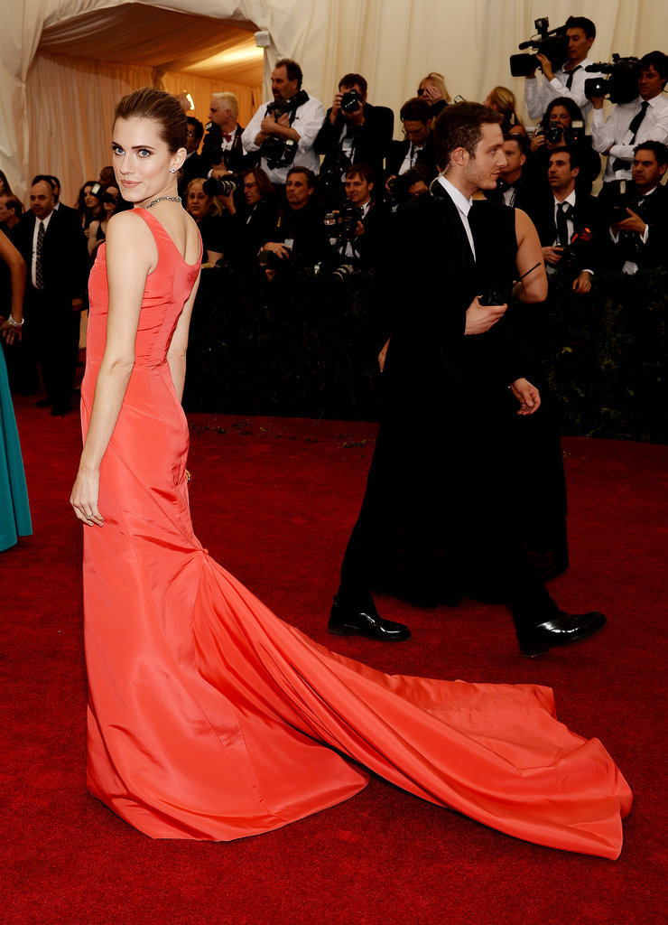 Allison Williams Makes a Stunning Return to the Met Gala
