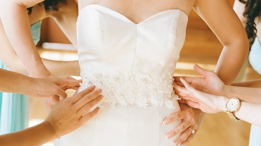 Buy Your Wedding Dress Online — It Can Be Done!