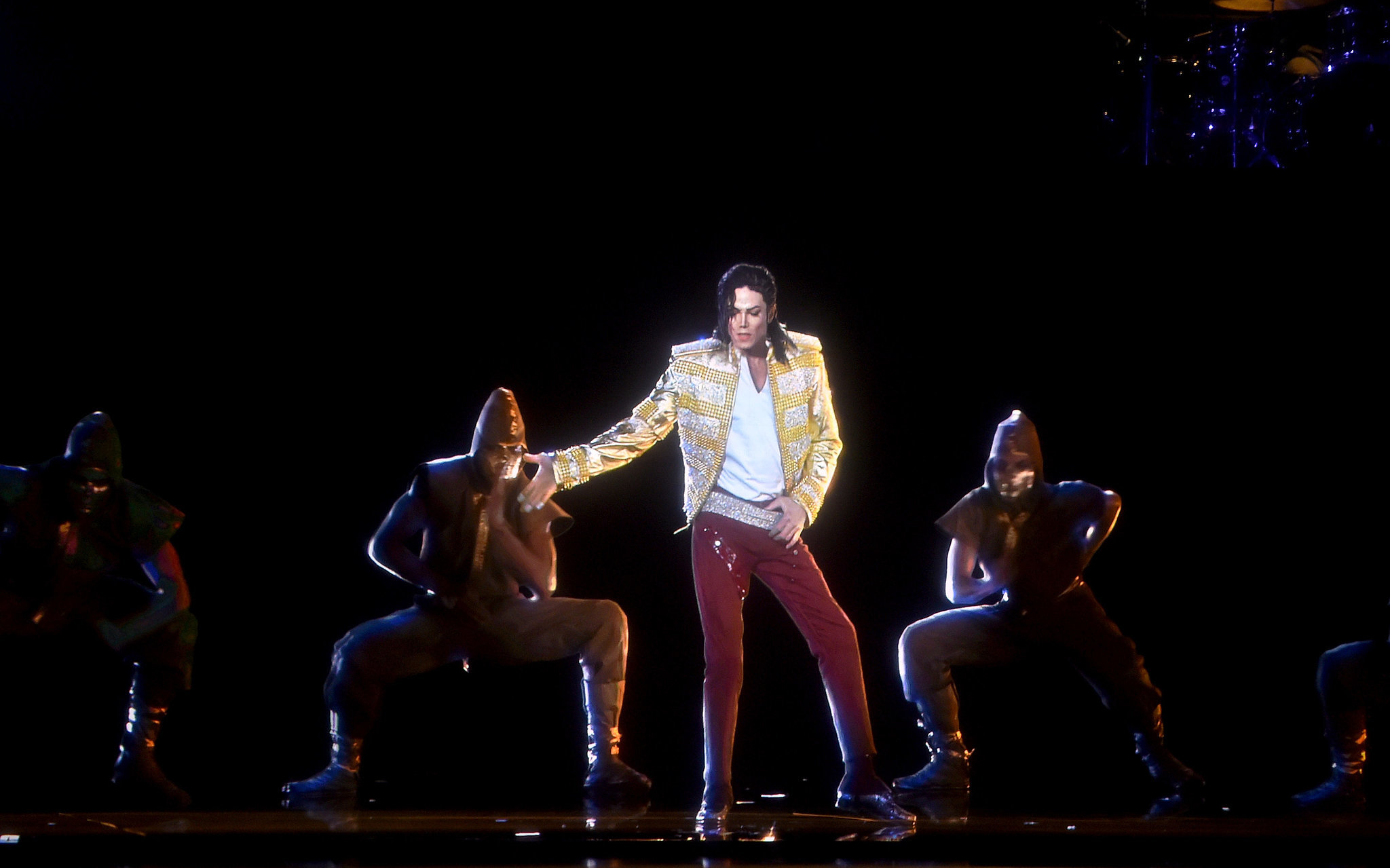 Michael Jackson's Hologram Hits the Stage at the Billboard Music Awards