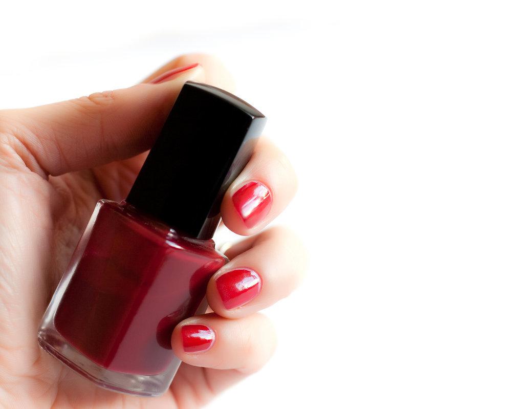 Mistake No. 7: Shaking your nail polish bottle.