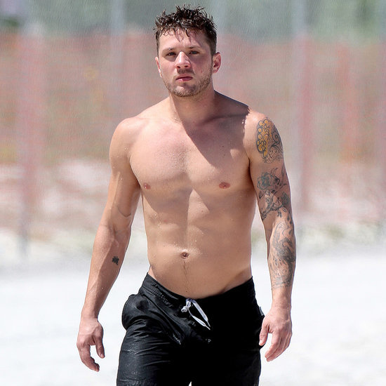 Ryan Phillippe Shirtless in Miami 2014 | Pictures