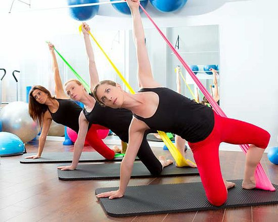 Q&A: Do Yoga and Pilates Mat Classes Offer the Same Benefits as Weight Lifting?