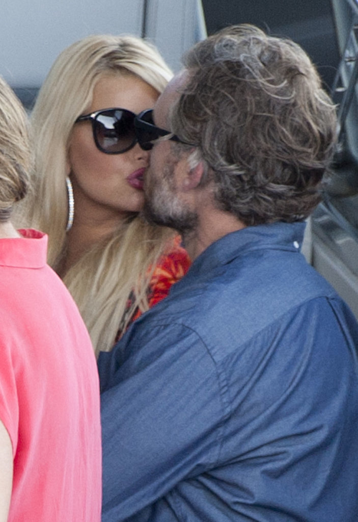 Jessica and Eric kissed and cuddled during a boat ride in Capri, Italy, in October 2013.