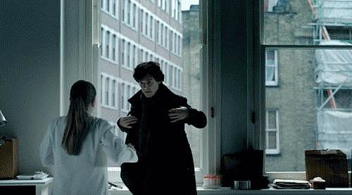 When Benedict's Sherlock gave Molly the sexiest kiss in history.