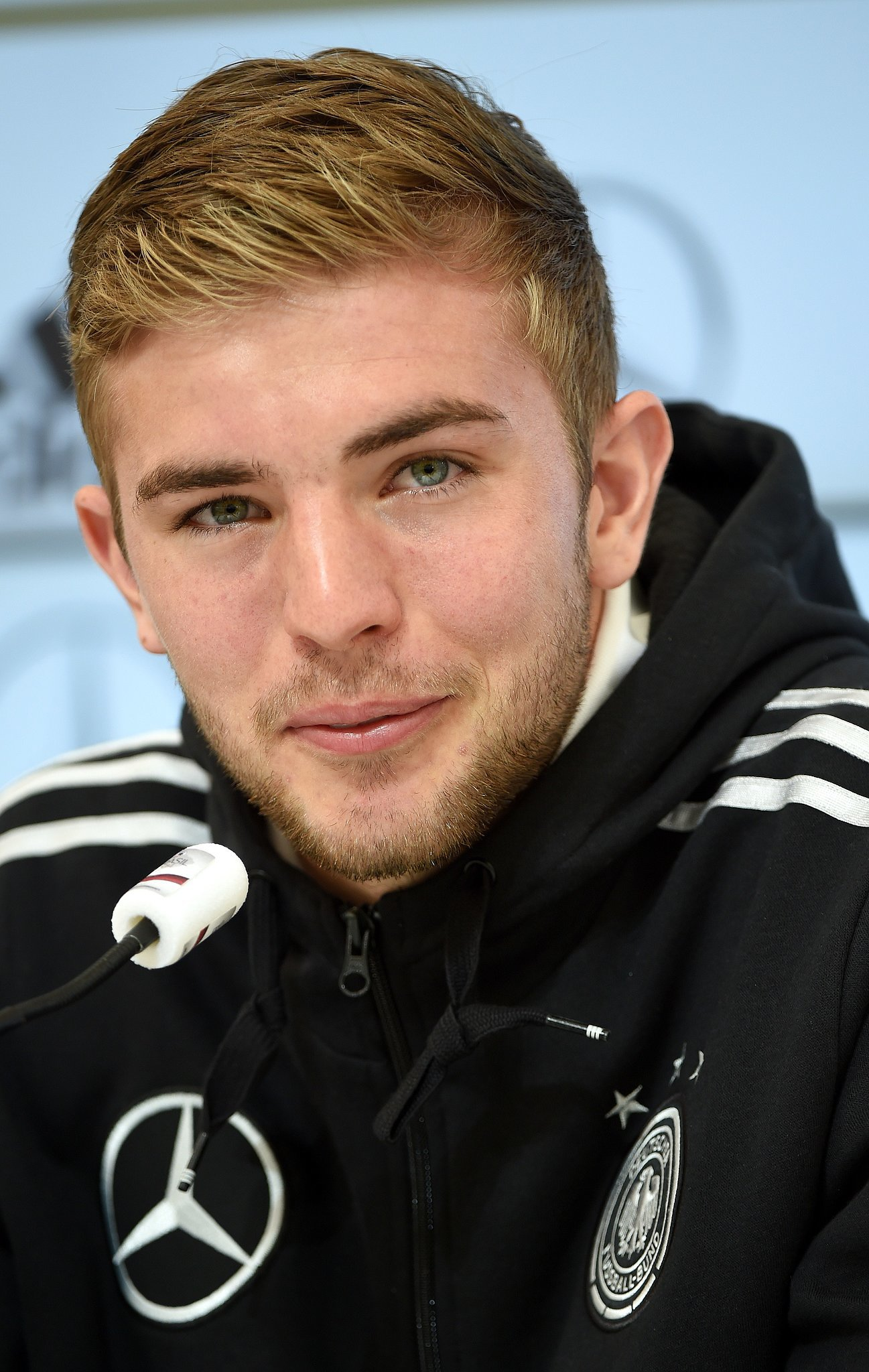 The 26-year old son of father (?) and mother(?), 190 cm tall Christoph Kramer in 2018 photo