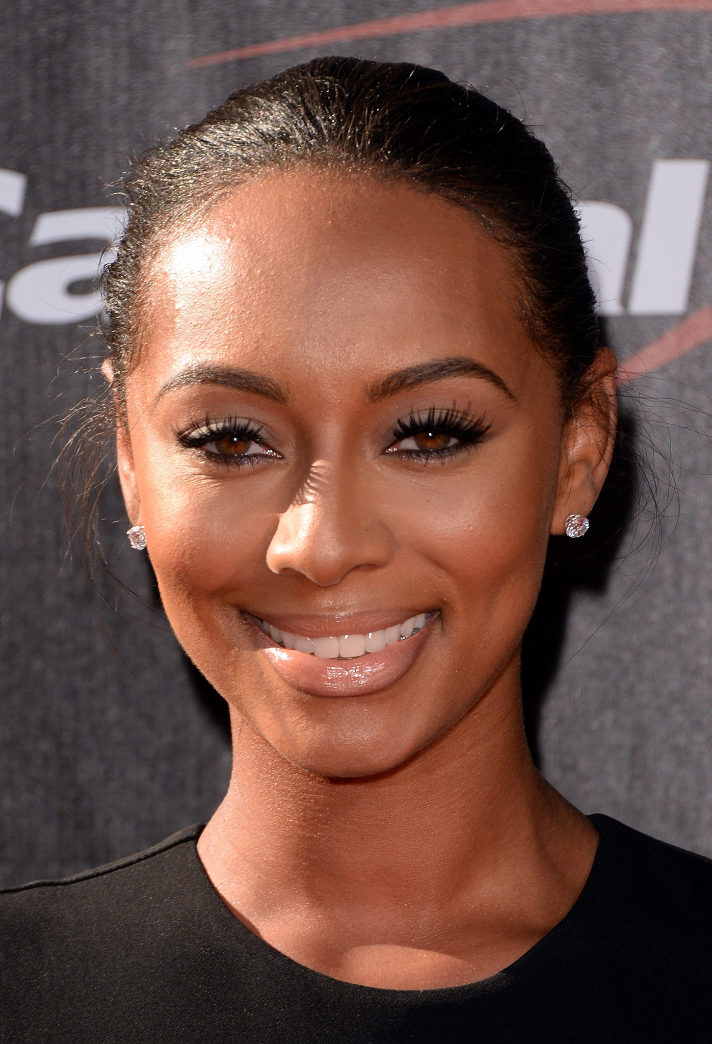 Keri Hilson Megan Fox Lets Her Natural Beauty Shine With