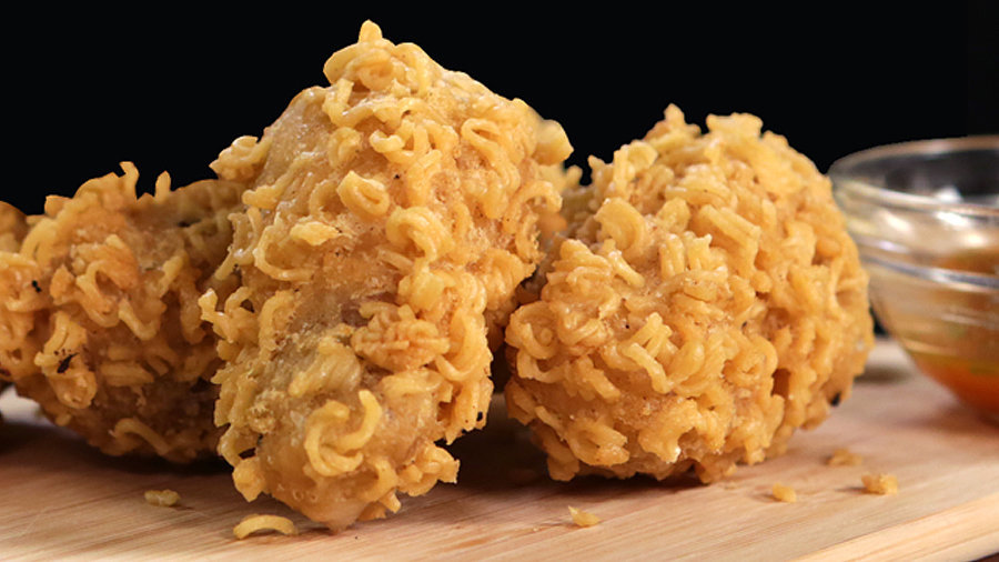 Ramen-Crusted Chicken Wings