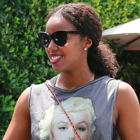 Kelly Rowland Reveals Her Baby Bump | Pictures