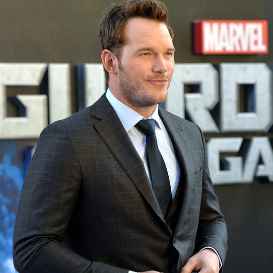 Chris Pratt Raps to Eminem | Video