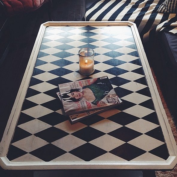 Minimalism doesn't have to be boring. A harlequin coffee table looks best  bare.  Source: Instagram user batforlashess