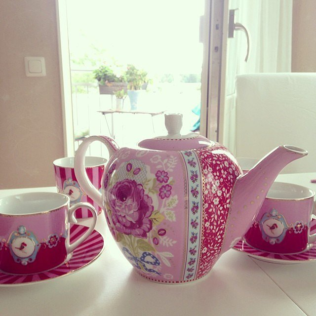Pinkies Up For Proper Tea