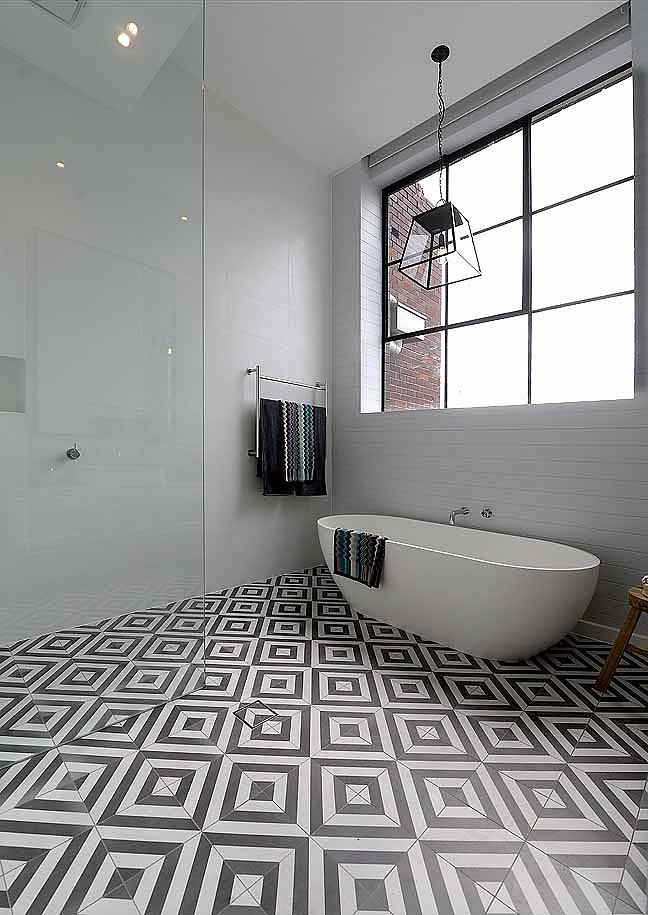 The block glasshouse 2014 chris and jenna perfect bathroom for What s new in bathrooms 2015