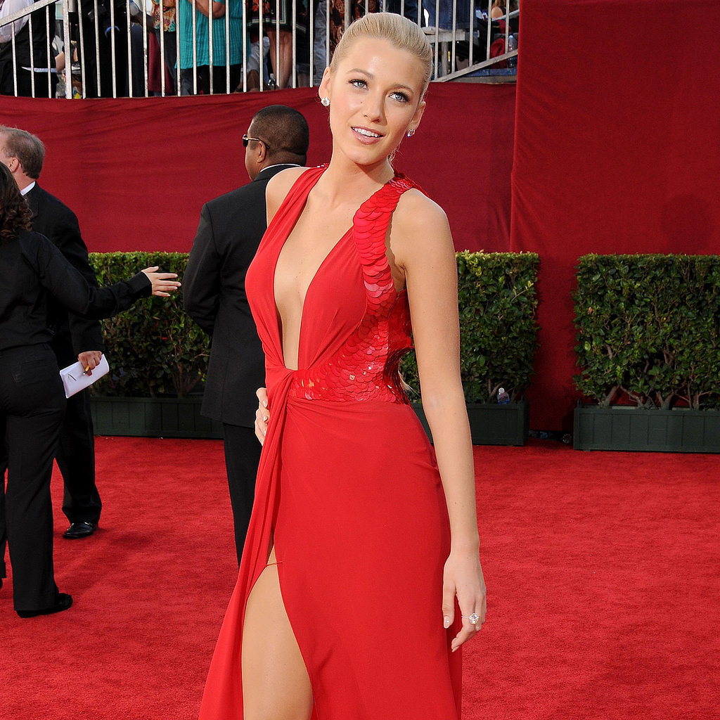 11 Best Dressed Celebrities at the Emmys | Video
