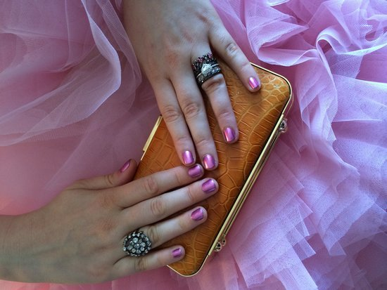 It's Mani-Cam Time! See All of the Chic Emmys Nail Looks
