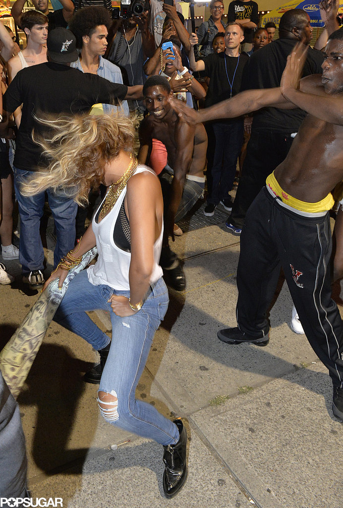 "All eyes were on Beyoncé as she danced with fans while shooting the video for ""XO"" at Coney Island in August 2013."