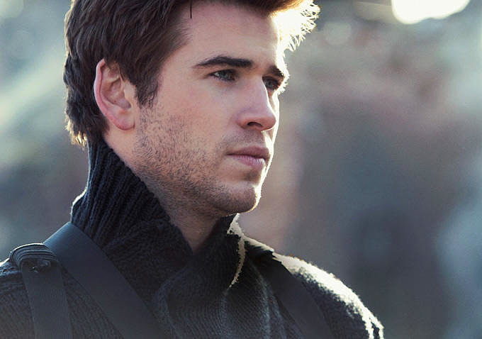Liam Hemsworth as Gale.