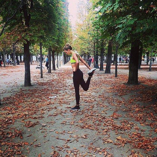 Karlie Kloss Exercises During Paris Fashion Week