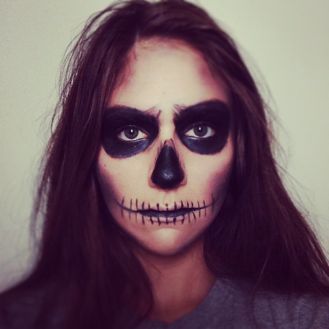 Skeleton Face 40+ Easy Halloween Costumes For Lazy - Simple Easy Halloween Makeup