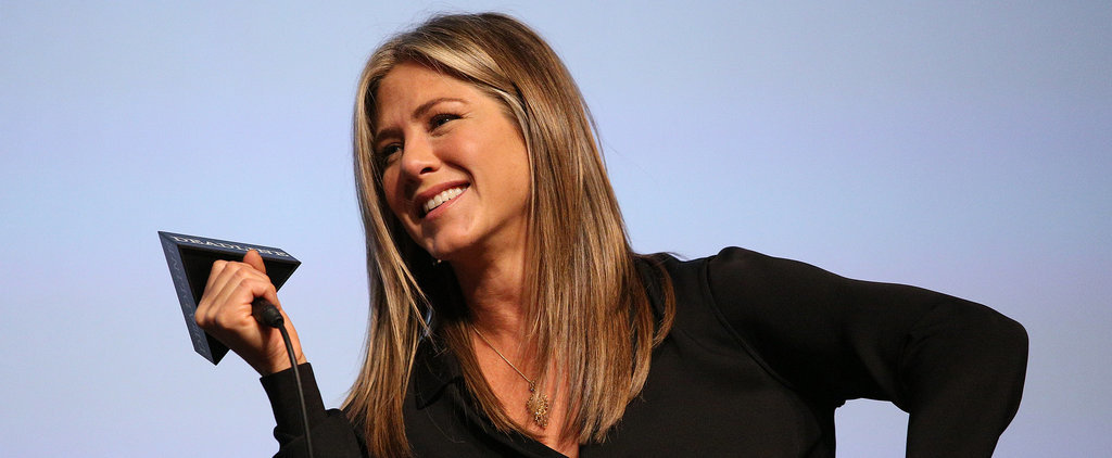 "Jennifer Aniston: Going Makeup-Free Is ""Empowering"""