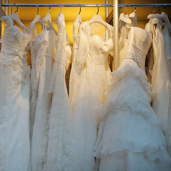 Myths About Plus-Size Wedding Dress Shopping