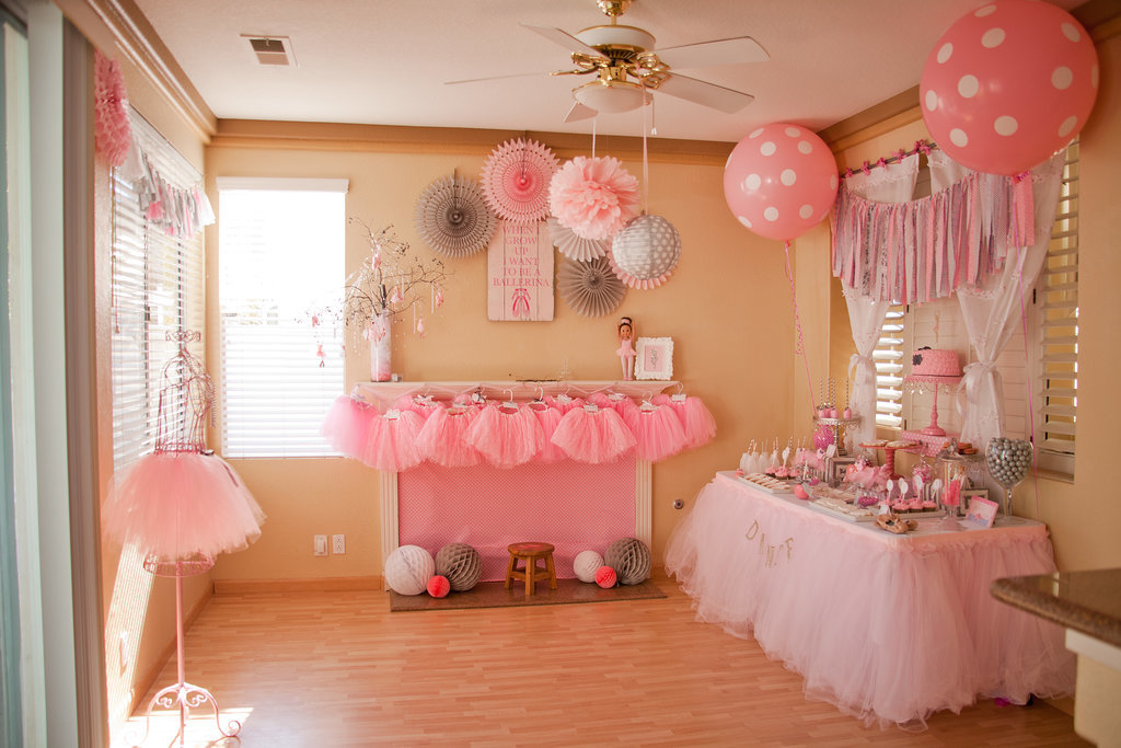 Ballet themed birthday party popsugar moms for Ballerina decoration