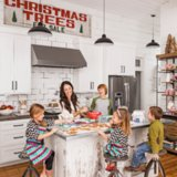 HGTV Fixer Upper Hosts Holiday Home Pictures