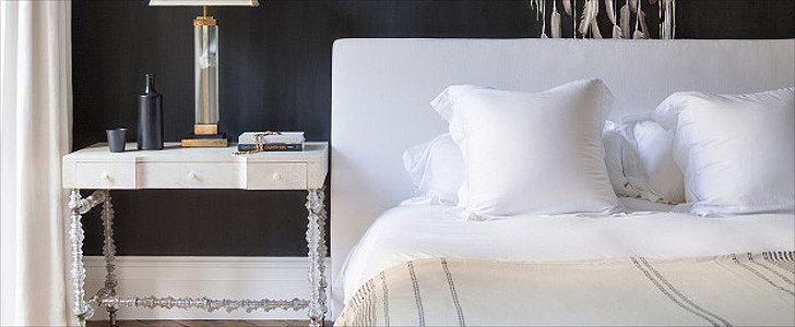 8 No-Fuss Tips to Spruce Up Your Guest Room For the Holidays