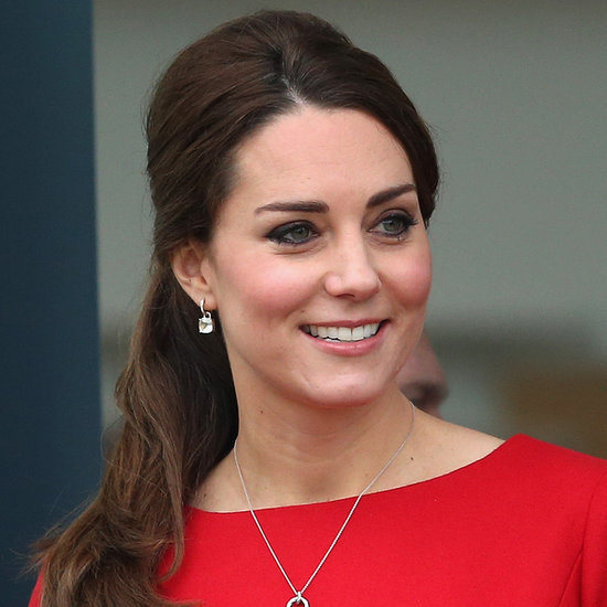 Pregnant Kate Middleton in Norwich in Nov. 2014 | Pictures