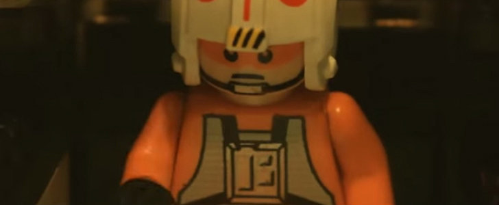 Someone Made a Lego Version of the Force Awakens Trailer