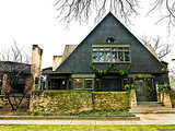 Experience the Holidays at Frank Lloyd Wright's Home and Studio (25 photos)