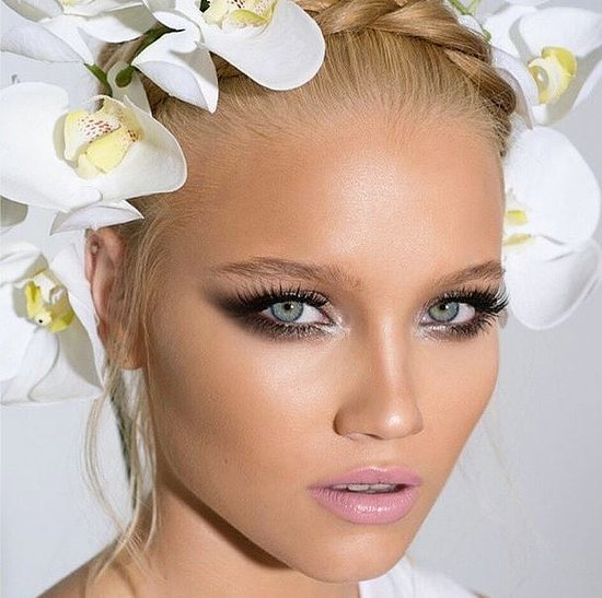 Glamorous Bride Makeup Look Inspiration