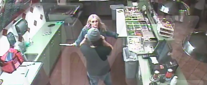 Jamie Lynn Spears Broke Up a Fight by Wielding a Giant Knife