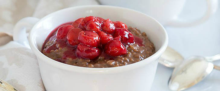 This Slow-Cooked Chocolate Oatmeal Takes Just 10 Minutes of Prep