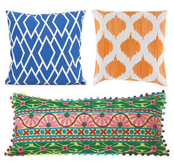 Pillows on a Penny: Dot & Bo