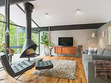 Houzz Tour: Bright Outlook for a Midcentury Home in the Trees (16 photos)