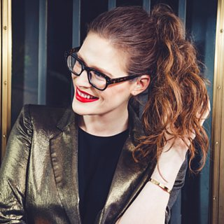 Your Easy Midnight-to-Morning Date-Night Hair DIY