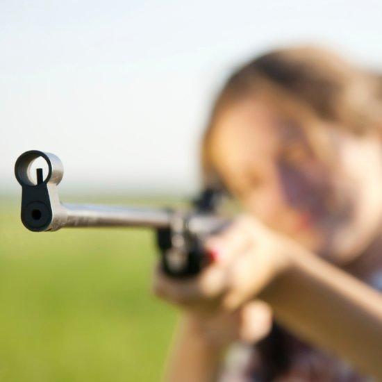 Girl Scares Away Intruder With Shotgun