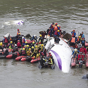 TransAsia Airways Plane Crash Caught on Dash Cam Video