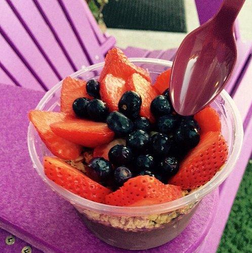 Acai bowls are Alessandra Ambrosio's favorite healthy snack!
