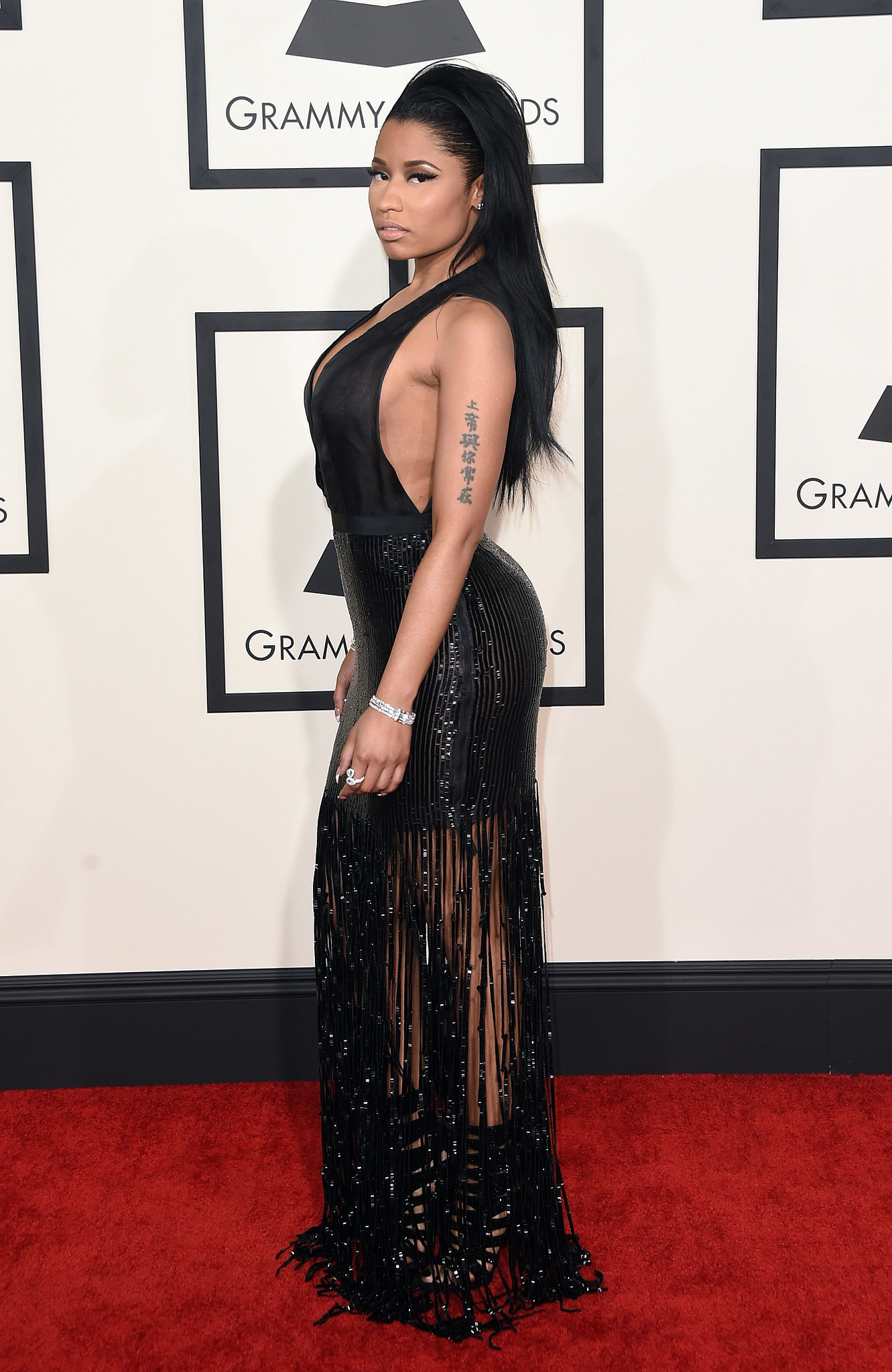 Nicki Minaj 39 S Dress At The Grammy Awards 2015 Popsugar Fashion