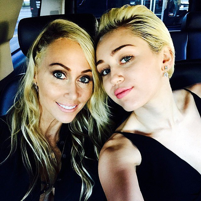 Miley Cyrus Brought Her Mother To The Grammys.